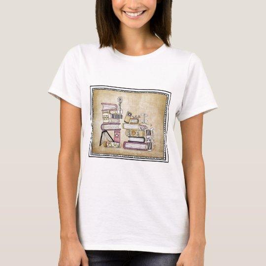 i am a bookworm T-Shirt