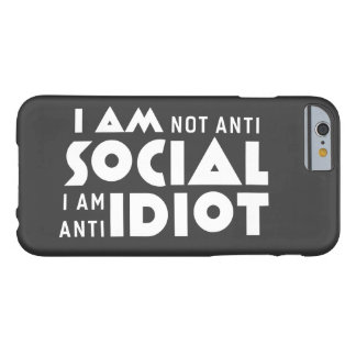 I am not anti social! iPhone 6 Case