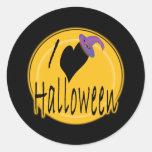 I amor (del corazón) Halloween con el gorra de la Etiquetas Redondas