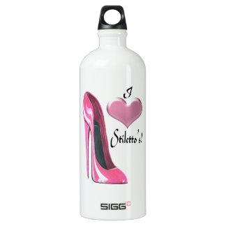 I arte rosado del zapato del estilete del corazón