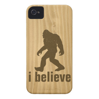 i beleive - Brown Bigfoot and Woodgrain texture iPhone 4 Cover