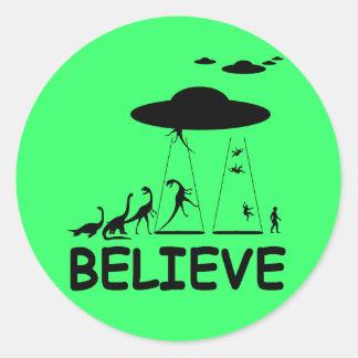 I believe in aliens classic round sticker