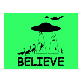 I believe in aliens postcard