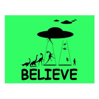 I believe in aliens postcard
