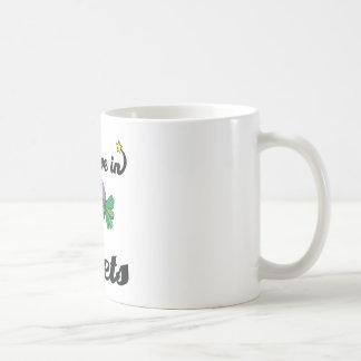 i believe in beets mug