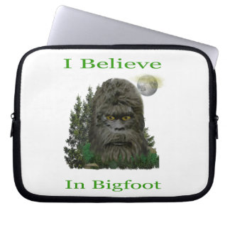 I believe in Bigfoot Computer Sleeve