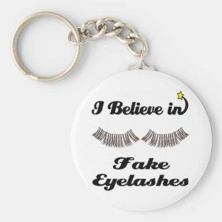 i believe in fake eyelashes keychain
