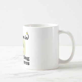 i believe in hanging pictures mugs