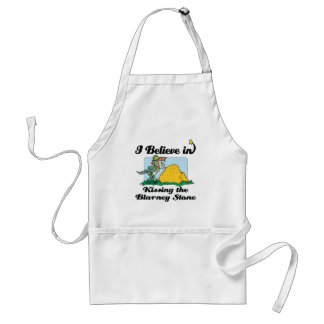 i believe in kissing the blarney stone aprons