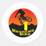 I bici de montaña etiqueta redonda