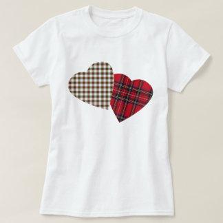 I camiseta del tartán del corazón camisas