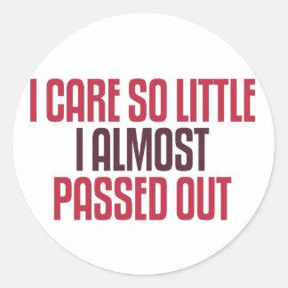 I Care So Little Classic Round Sticker