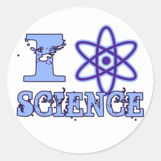 I ciencia del corazón (o símbolo atómico) pegatina redonda