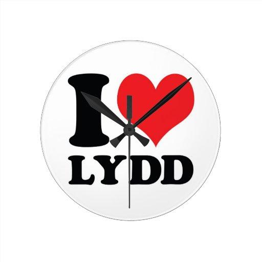 I corazón/amor Lydd Reloj De Pared