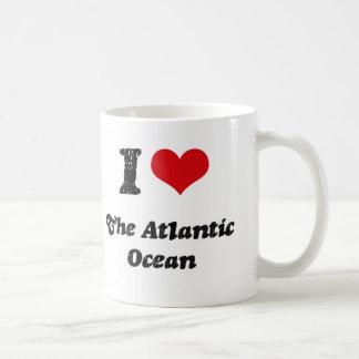 I corazón el Océano Atlántico Tazas De Café