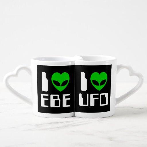 I corazón extranjero EBE/UFO Tazas Para Parejas