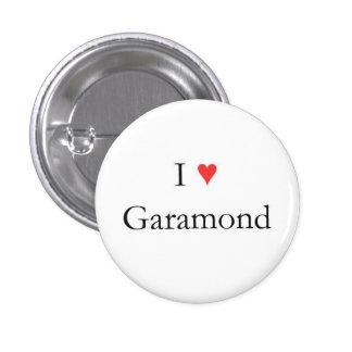 I corazón Garamond Pin