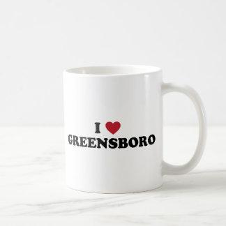 I corazón Greensboro Carolina del Norte Taza Básica Blanca