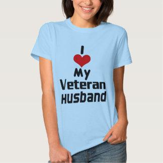 I corazón mi camisa del marido del veterano