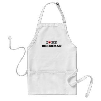 I corazón mi delantal del Doberman