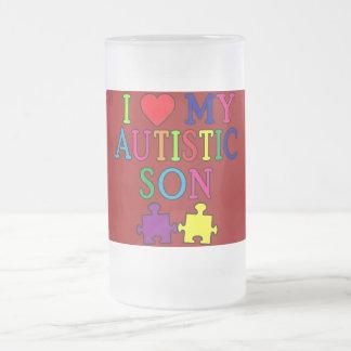 I corazón mi hijo autístico taza de cristal