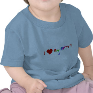 I corazón mis camisetas del niño del autismo
