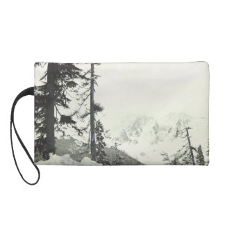 I d rather be skiing down a snowy slope wristlet
