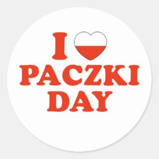 I día de Paczki del corazón Pegatina Redonda