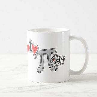 I día del corazón pi taza de café