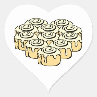 I dibujo animado dulce de los bollos del amor de pegatina en forma de corazón