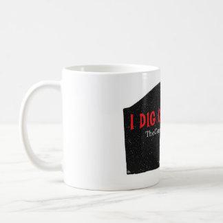 """""""I Dig Cemeteries"""" Mug"""