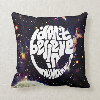 """i don't believe in humans"" funny alien pillow"