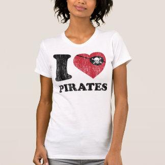 I el amor del corazón piratea la camisa. Gráfico Playera