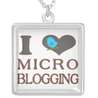I el Blogging micro del corazón Colgante Cuadrado