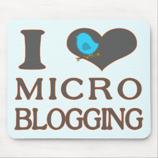 I el Blogging micro del corazón Tapetes De Ratón