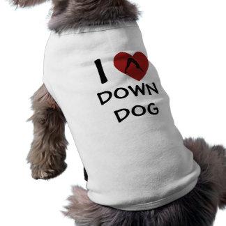 I el corazón abajo persigue - la ropa de la yoga p playera sin mangas para perro