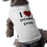 I el corazón abajo persigue - la ropa de la yoga p camiseta de mascota