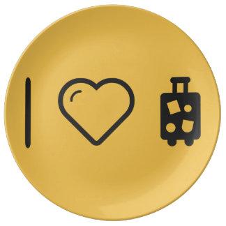 I equipajes que llevan del corazón plato de cerámica