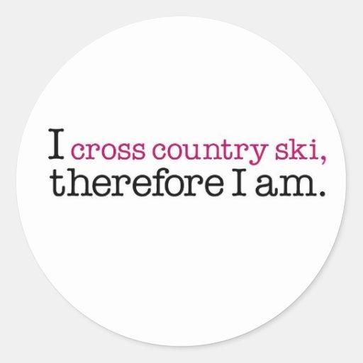I esquí del campo a través por lo tanto estoy pegatina redonda