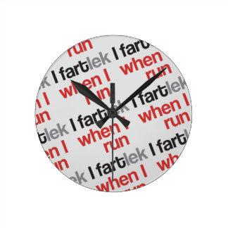 I FARTlek when I Run © - Funny FARTlek Round Wall Clocks