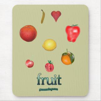 I fruta del corazón mousepads