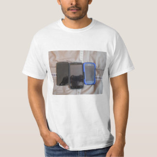 i got 3 phone T-Shirt