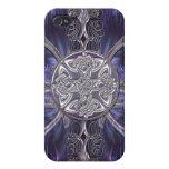 I gótico abstracto púrpura con los nudos célticos iPhone 4 protector