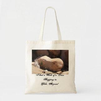 I had a Whale of a Time Shopp... Budget Tote Bag