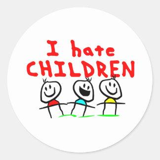 I hate children! classic round sticker
