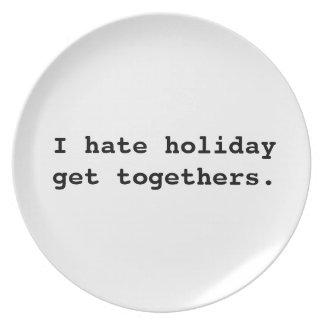 I hate holiday get togethers design Plate