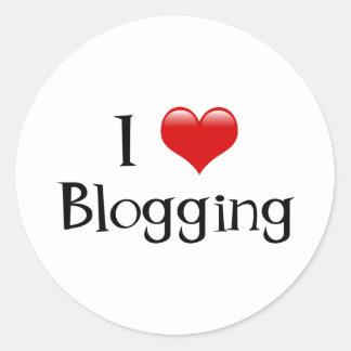 I Heart Blogging Round Sticker