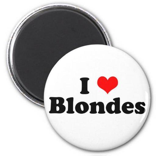 I Heart Blondes 2 Inch Round Magnet