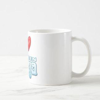 i heart deja mug