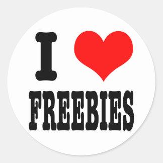 I HEART (LOVE) FREEBIES ROUND STICKER